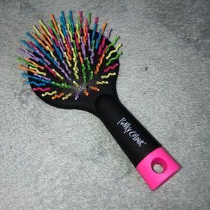 New Punky color detangling brush